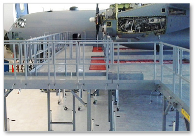engine stand aircraft access